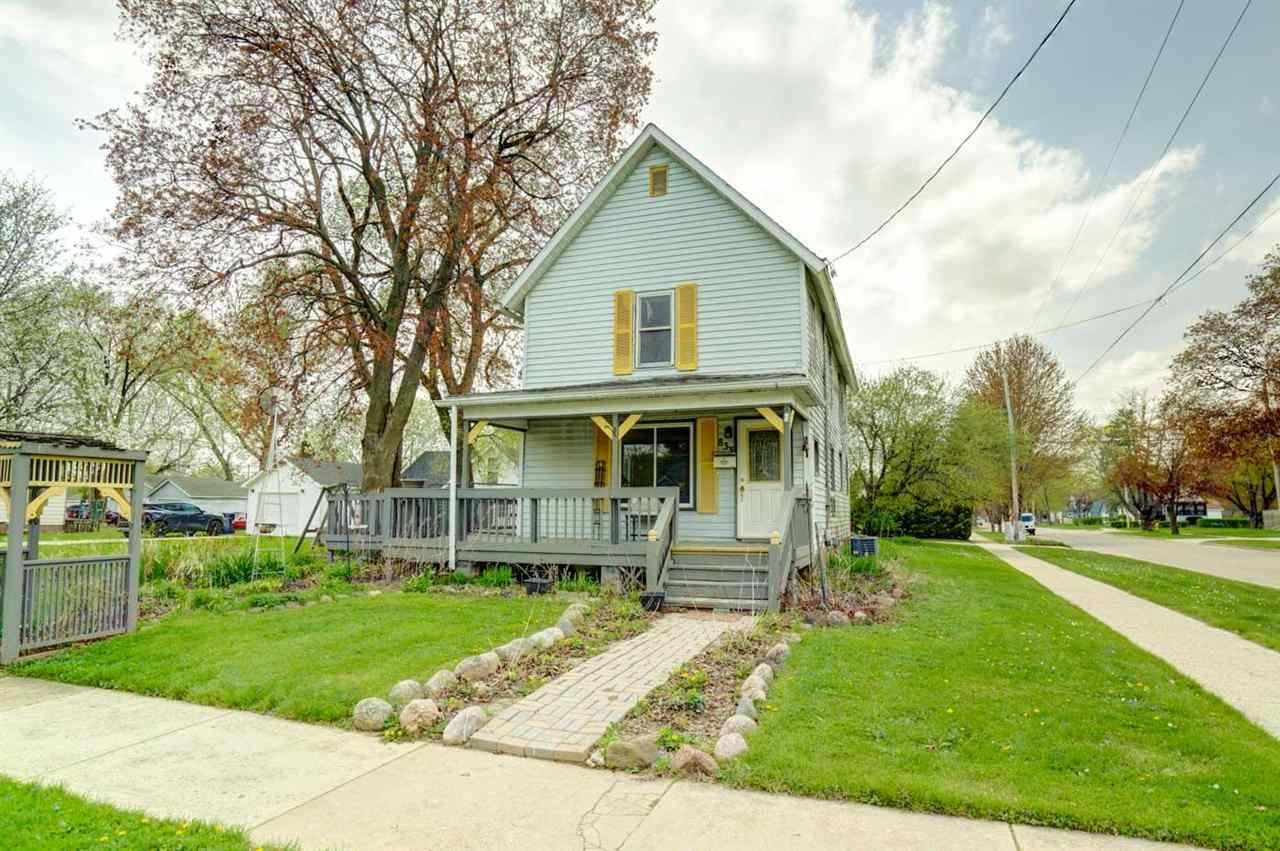 833 Caroline St, Janesville, WI 53545 - #: 1907913