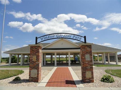 Photo of 6762 Morning Dew Ln, Sun Prairie, WI 53590 (MLS # 1876914)
