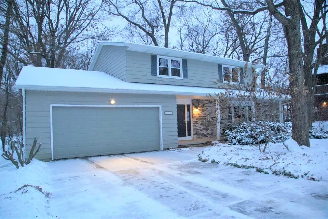 Photo for 1749 Camelot Dr, Madison, WI 53705 (MLS # 1874916)