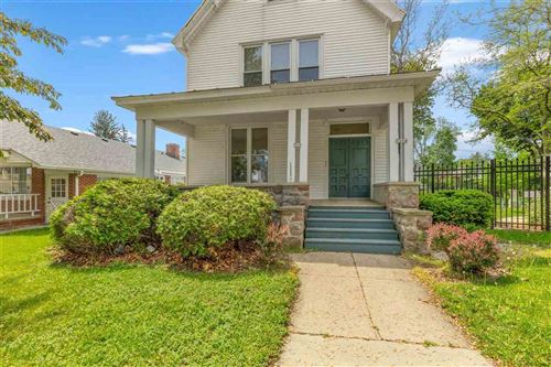 Photo of 303-309 W Main St, Whitewater, WI 53190-1957 (MLS # 1909920)