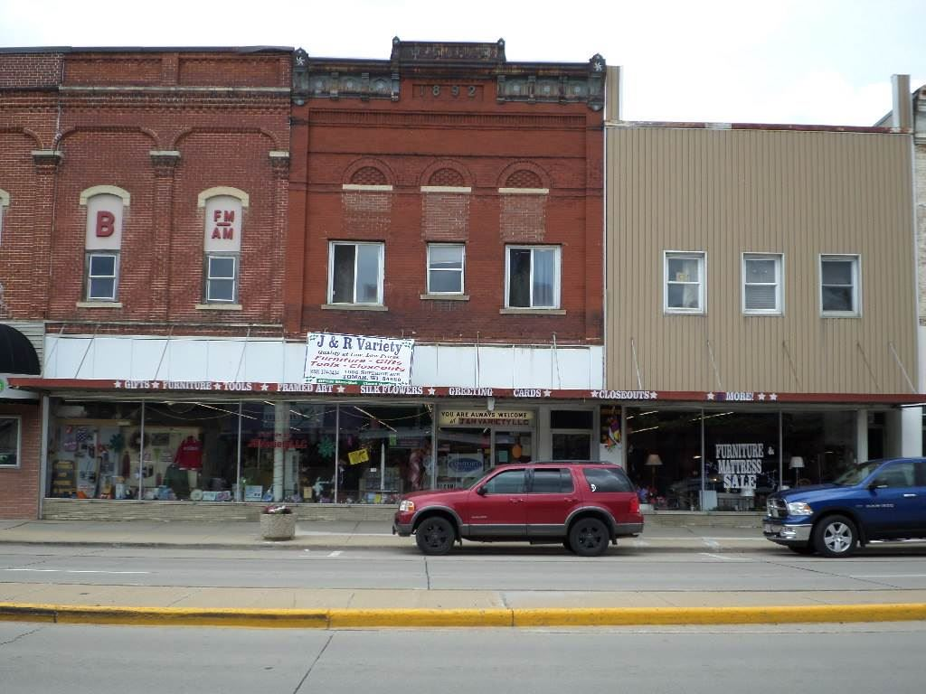 1006 Superior Ave, Tomah, WI 54660 - #: 1910920