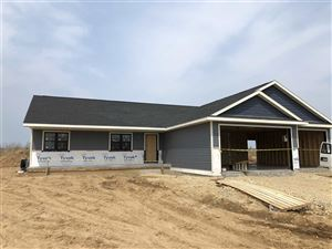 Photo of 347 Hickory St, Evansville, WI 53536 (MLS # 1849921)