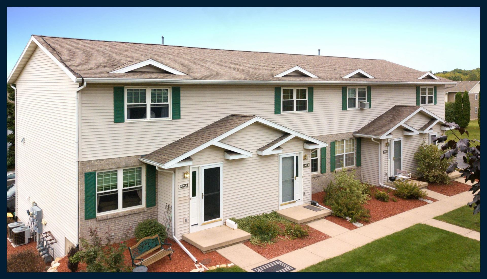 909A N Clover Ln, Cottage Grove, WI 53527-9454 - #: 1919922