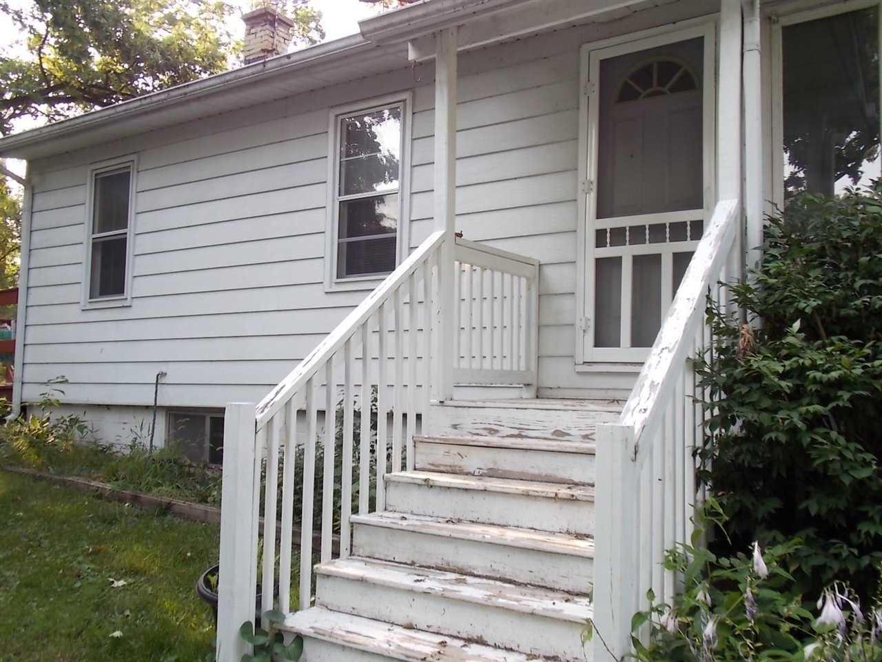 f_1915923_01 Real Estate in 53534 zip code