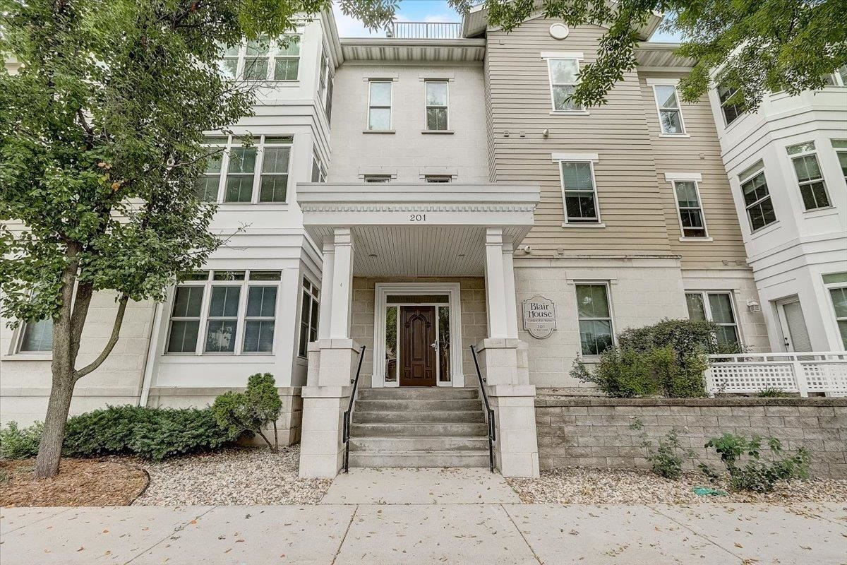 Photo for 201 N Blair St #306, Madison, WI 53703 (MLS # 1920923)