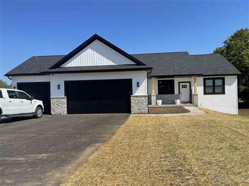 Photo of 531 Greenway Point Dr, Janesville, WI 53548 (MLS # 1919925)
