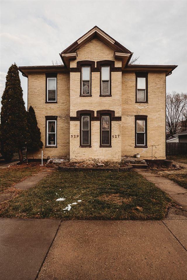 527-529 W Conant St, Portage, WI 53901 - #: 1899925