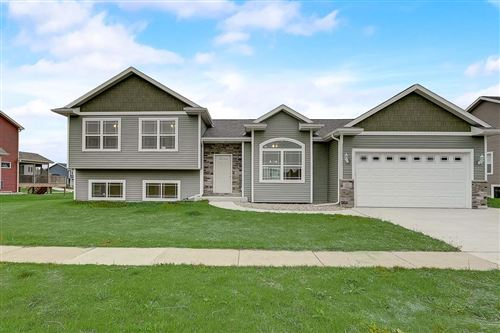 Photo of 207 Ridgestone Dr, Lodi, WI 53555 (MLS # 1880926)