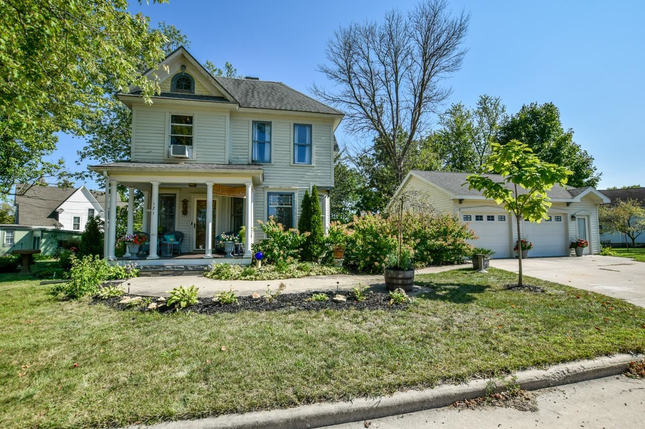 121 Dodge St, Mineral Point, WI 53565 - #: 1919932