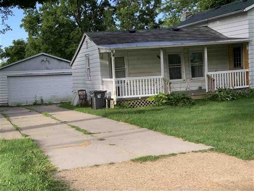 Photo of 105 Walker St, Evansville, WI 53536 (MLS # 1888933)