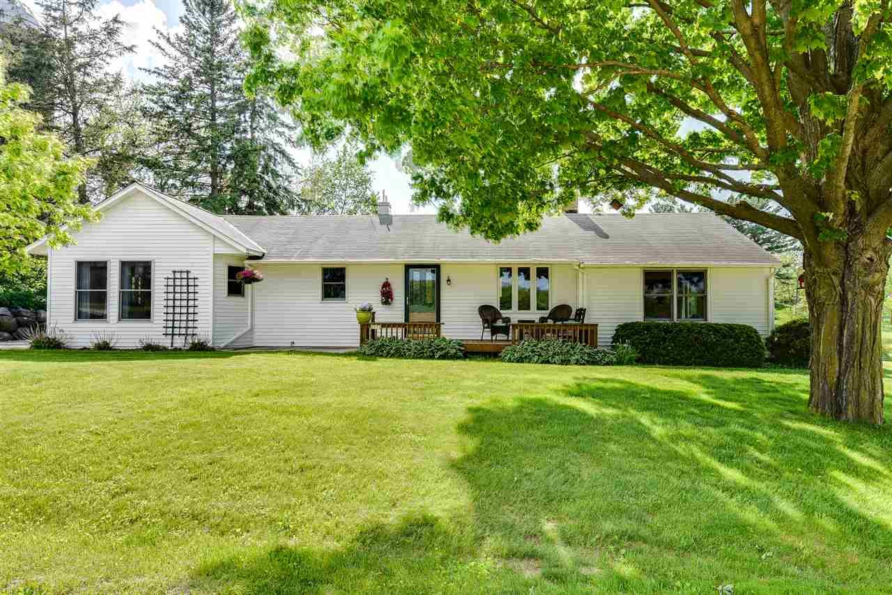 2173 Nora Rd, Cottage Grove, WI 53527 - MLS#: 1881934