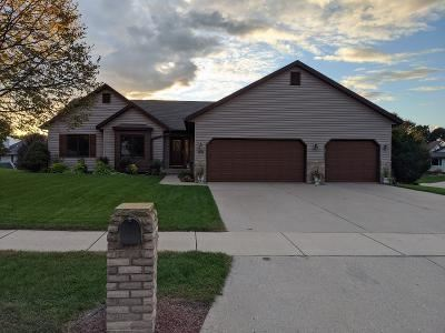 Photo of 775 N Perry Pky, Oregon, WI 53575 (MLS # 1895937)