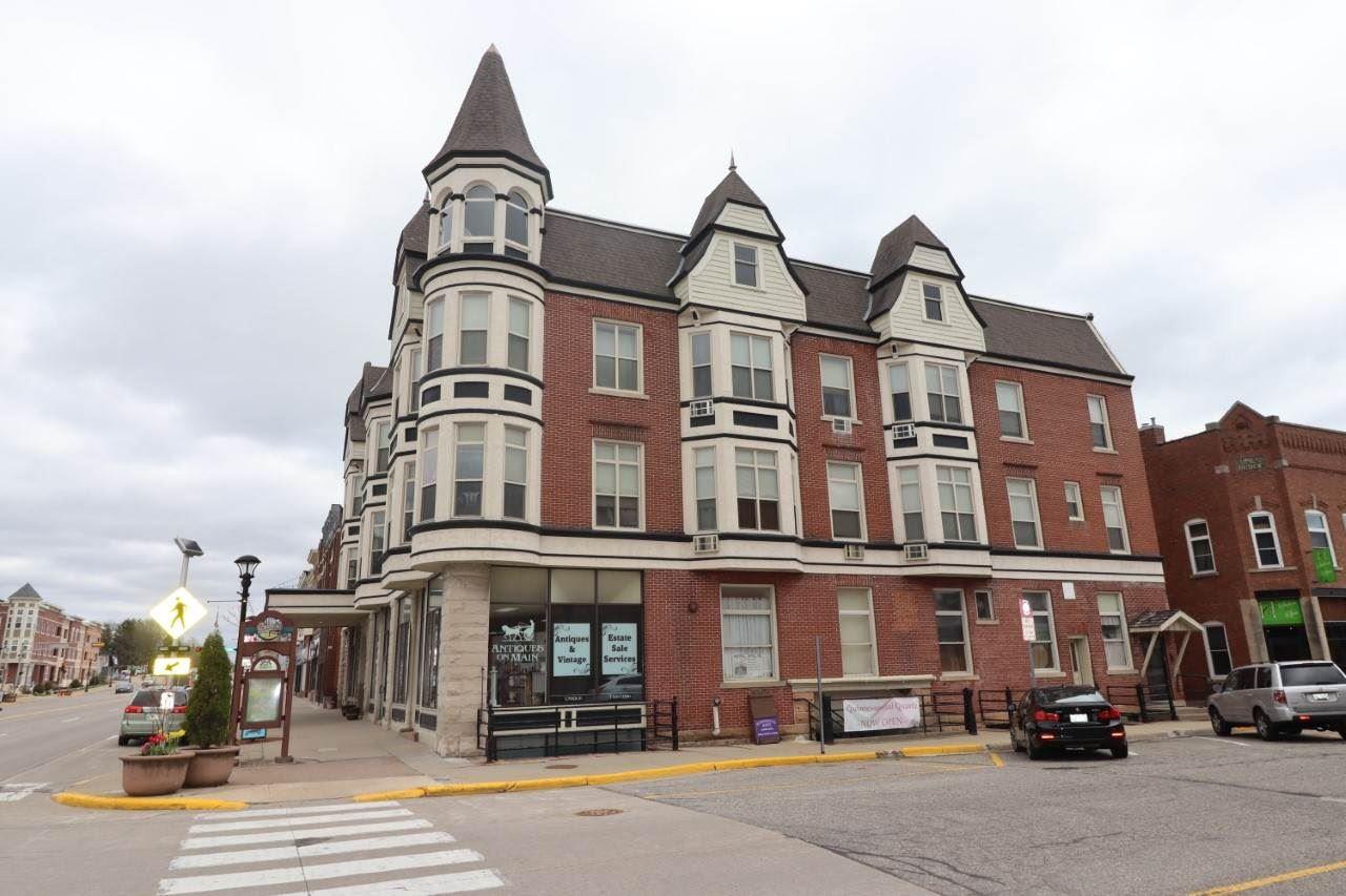 204 E Main St, Reedsburg, WI 53959 - #: 1906937