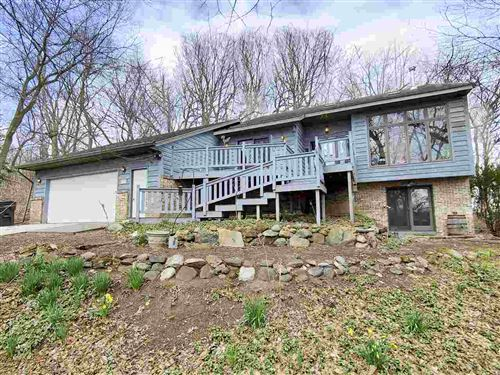 Photo of 1564 Barberry Rd, Stoughton, WI 53589 (MLS # 1904939)