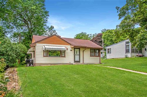 Photo of 412 Maple St, DeForest, WI 53532 (MLS # 1888942)
