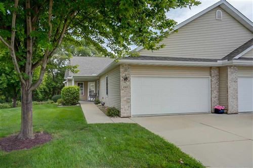 Photo of 641 Springbrook Cir, Deforest, WI 53532 (MLS # 1889942)