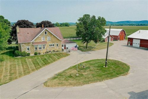 Photo of E11367 River Rd, Sauk City, WI 53583 (MLS # 1891942)
