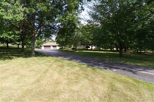 Photo of 3508 N Edgewood Dr, Janesville, WI 53545 (MLS # 1915942)