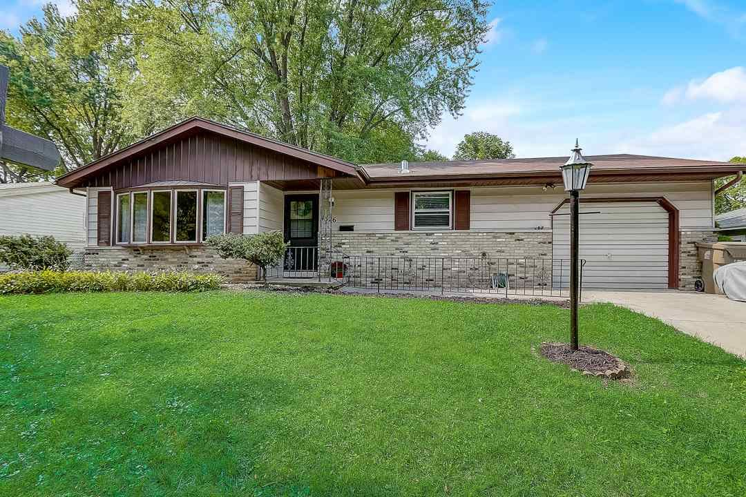 4526 BONNER LN, Madison, WI 53704 - #: 1893944