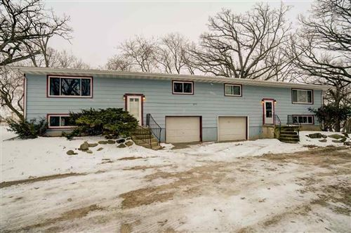 Photo of 1755-1757 Greenway Rd, Sun Prairie, WI 53590 (MLS # 1874945)