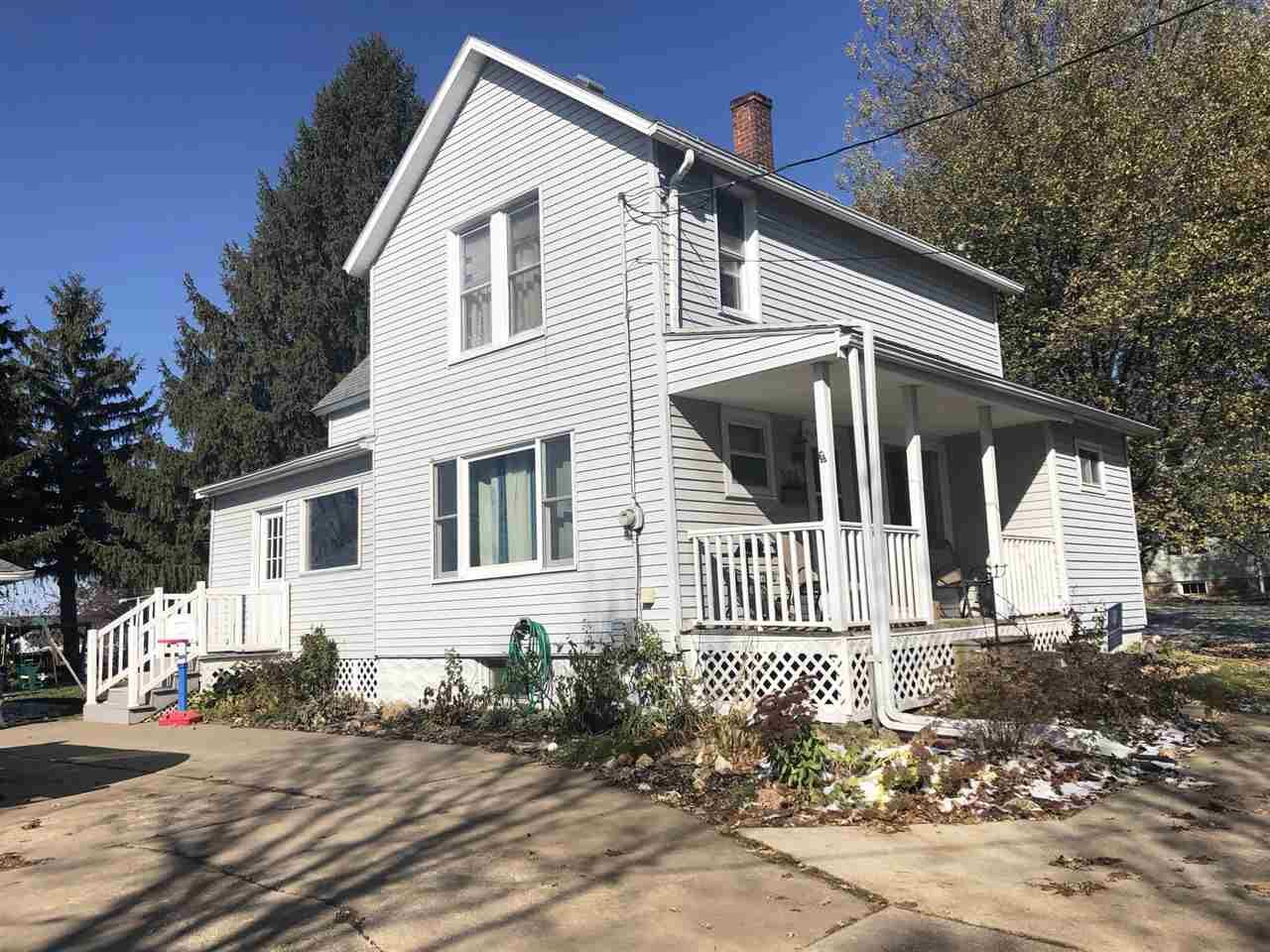 624 S Main St, Westby, WI 54667 - #: 1896945