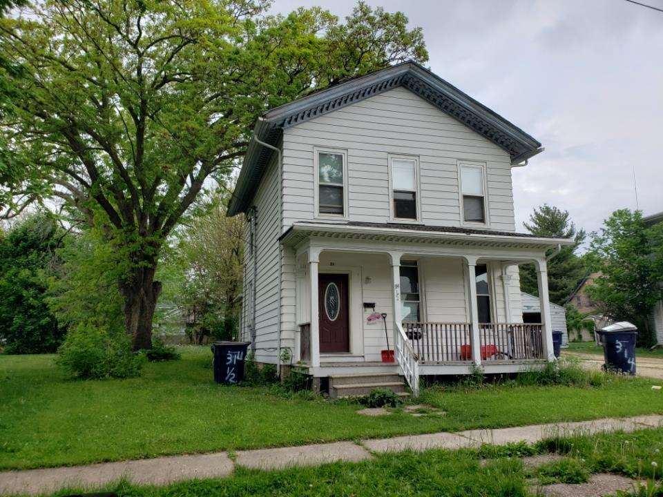 314 S Locust St, Janesville, WI 53548 - #: 1909945