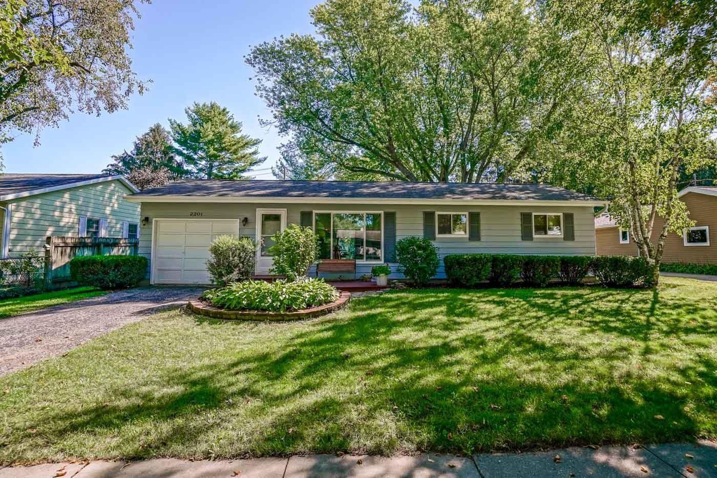 2201 Prairie Rd, Madison, WI 53711 - #: 1919945