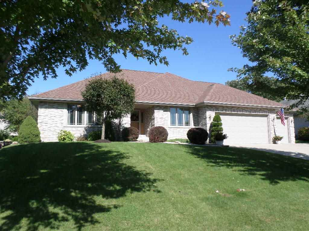 3523 Cricketeer Dr, Janesville, WI 53546 - #: 1874948