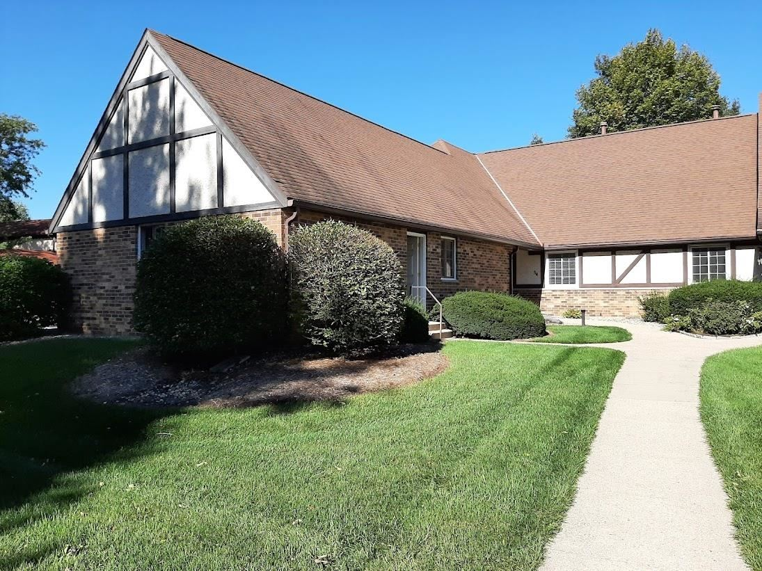 54 Golf Course Rd, Madison, WI 53704 - #: 1921948