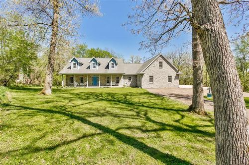 Photo of 4912 Pierceville Rd, Cottage Grove, WI 53527 (MLS # 1883949)