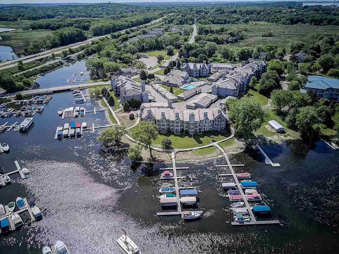 5387 Mariners Cove Dr #305, Madison, WI 53704 - #: 1879949