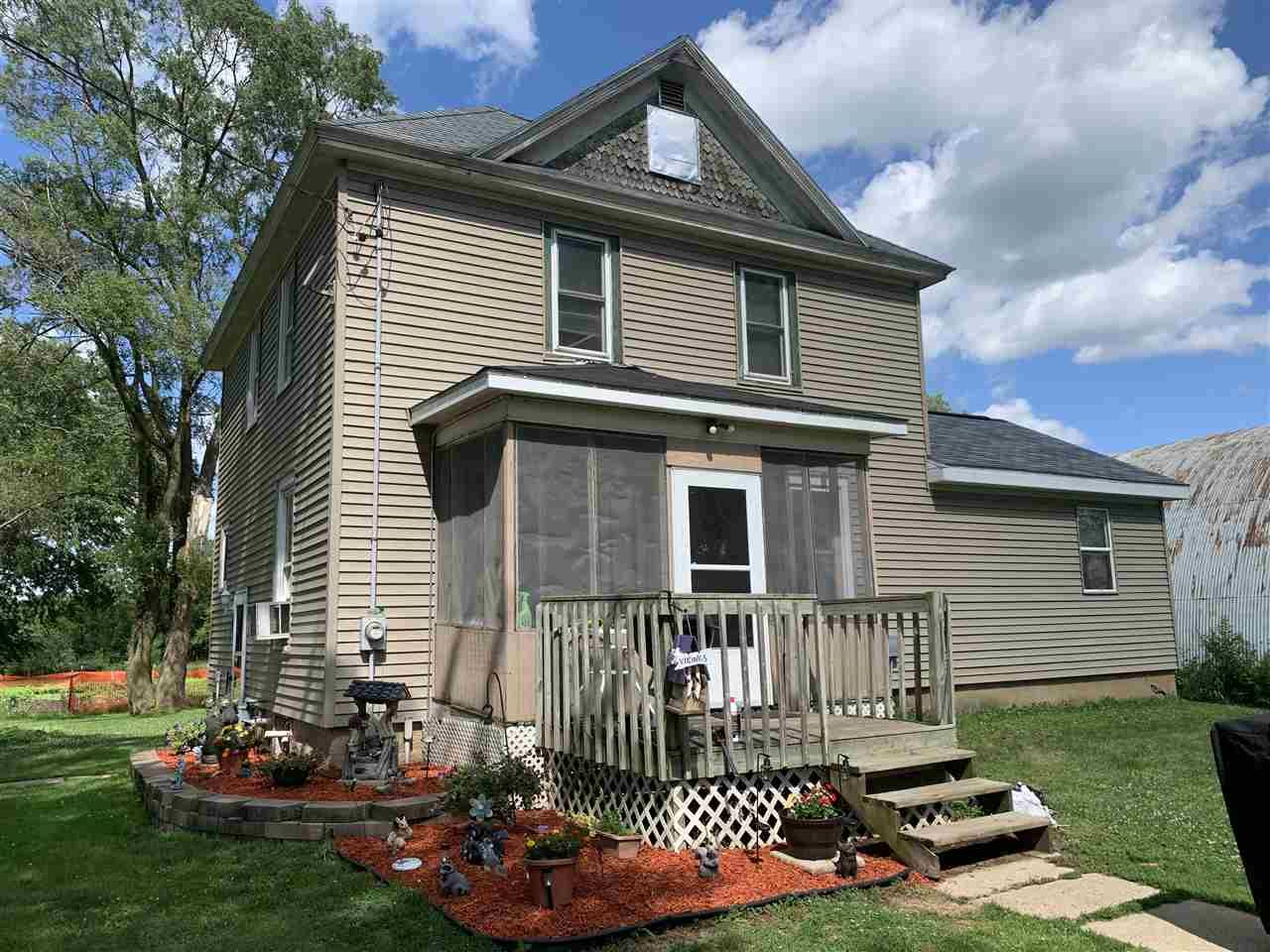 441 S Main St, Fall River, WI 53932 - #: 1886950