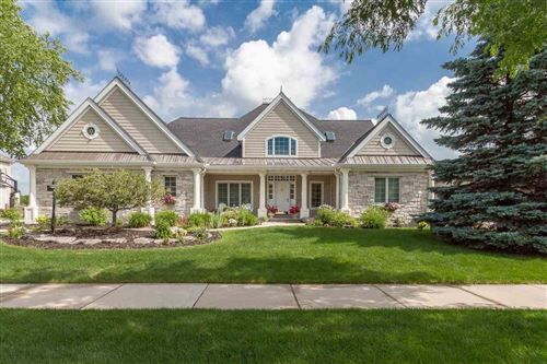 Photo of 9518 Blue Heron Dr, Middleton, WI 53562 (MLS # 1887951)