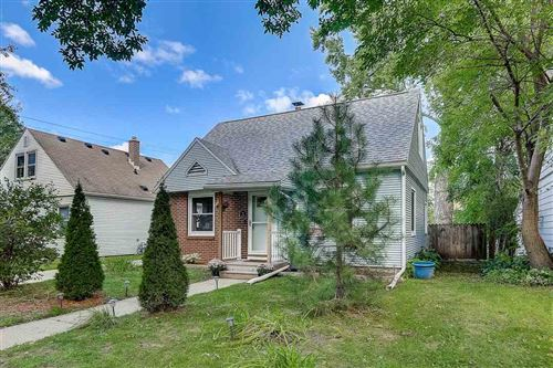 Photo of 2506 Myrtle St, Madison, WI 53704 (MLS # 1893954)