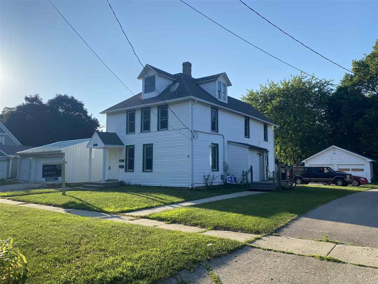 1233 Woodward Ave, Beloit, WI 53511 - #: 1881954