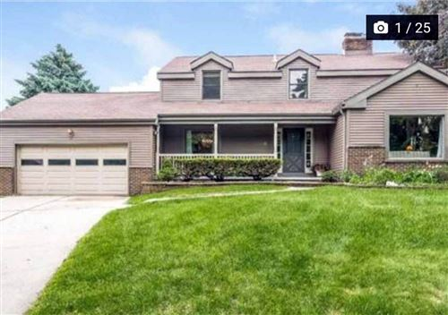 Photo of 13 Round Hill Cir, Madison, WI 53717 (MLS # 1881956)