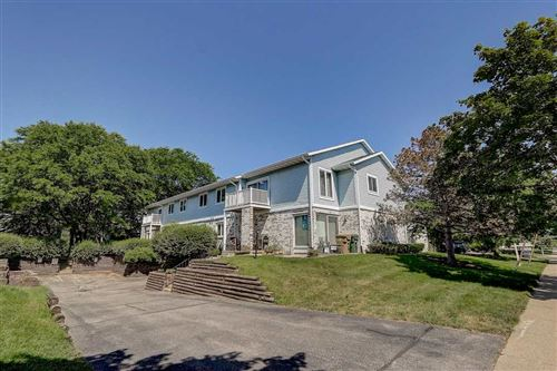 Photo of 924 Acewood Blvd, Madison, WI 53714 (MLS # 1885956)