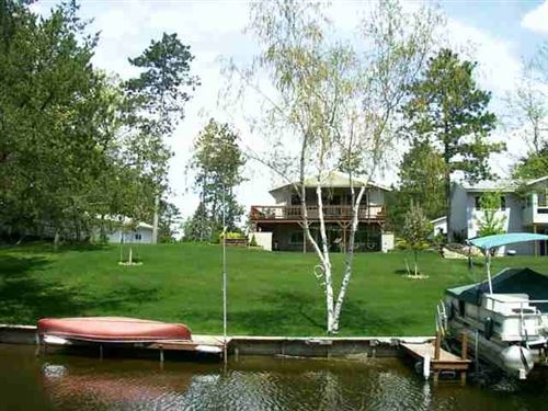 Photo of 1083 Quarterstaff Ct, Nekoosa, WI 54457 (MLS # 1902958)
