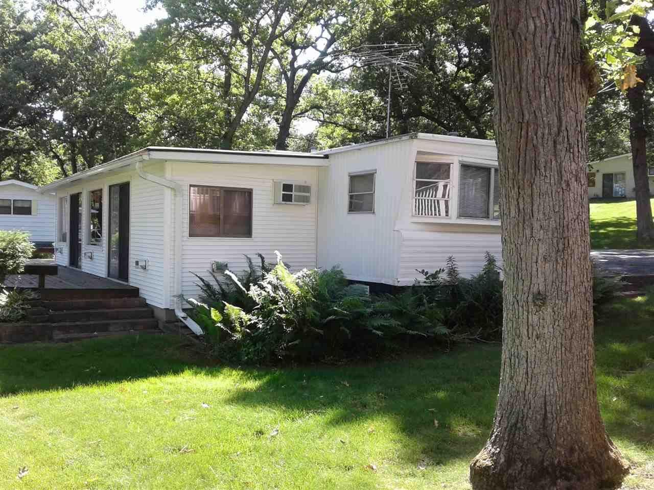 W1325 Spring Grove RD, Ripon, WI 54971 - #: 1863959