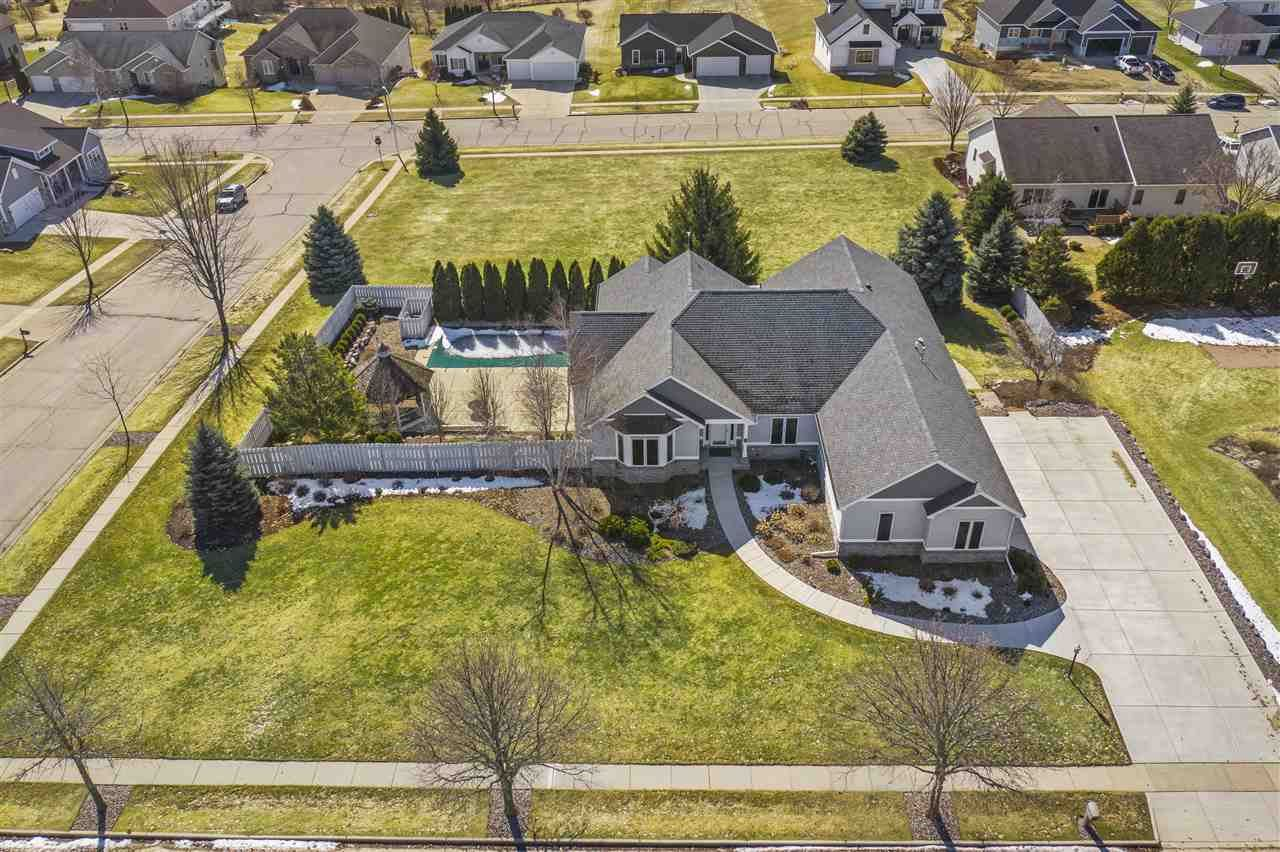 101 Valley View Rd, Mount Horeb, WI 53572 - #: 1878961