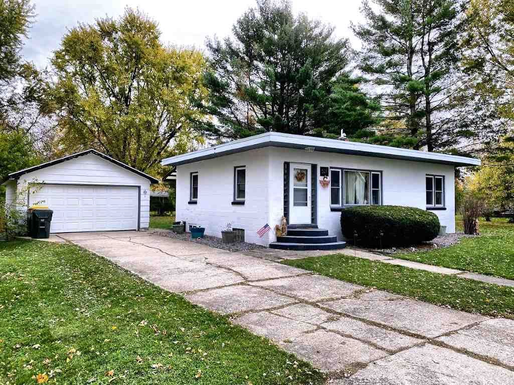 521 S Preston Ave, Reedsburg, WI 53959 - #: 1895961