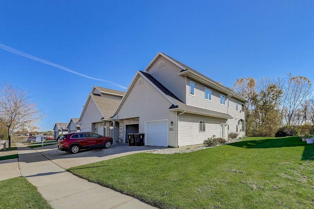 2911 Kentville Dr, Sun Prairie, WI 53590 - #: 1894962