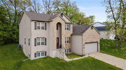 Photo of 5137 Crescent Oaks Dr, Madison, WI 53704 (MLS # 1908963)