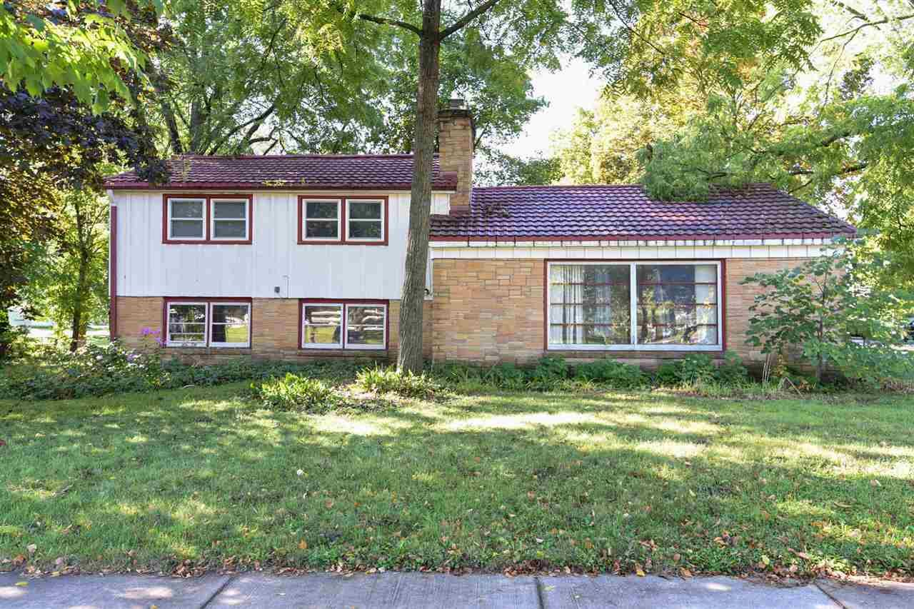 281 N Park St, Whitewater, WI 53190 - #: 1893963