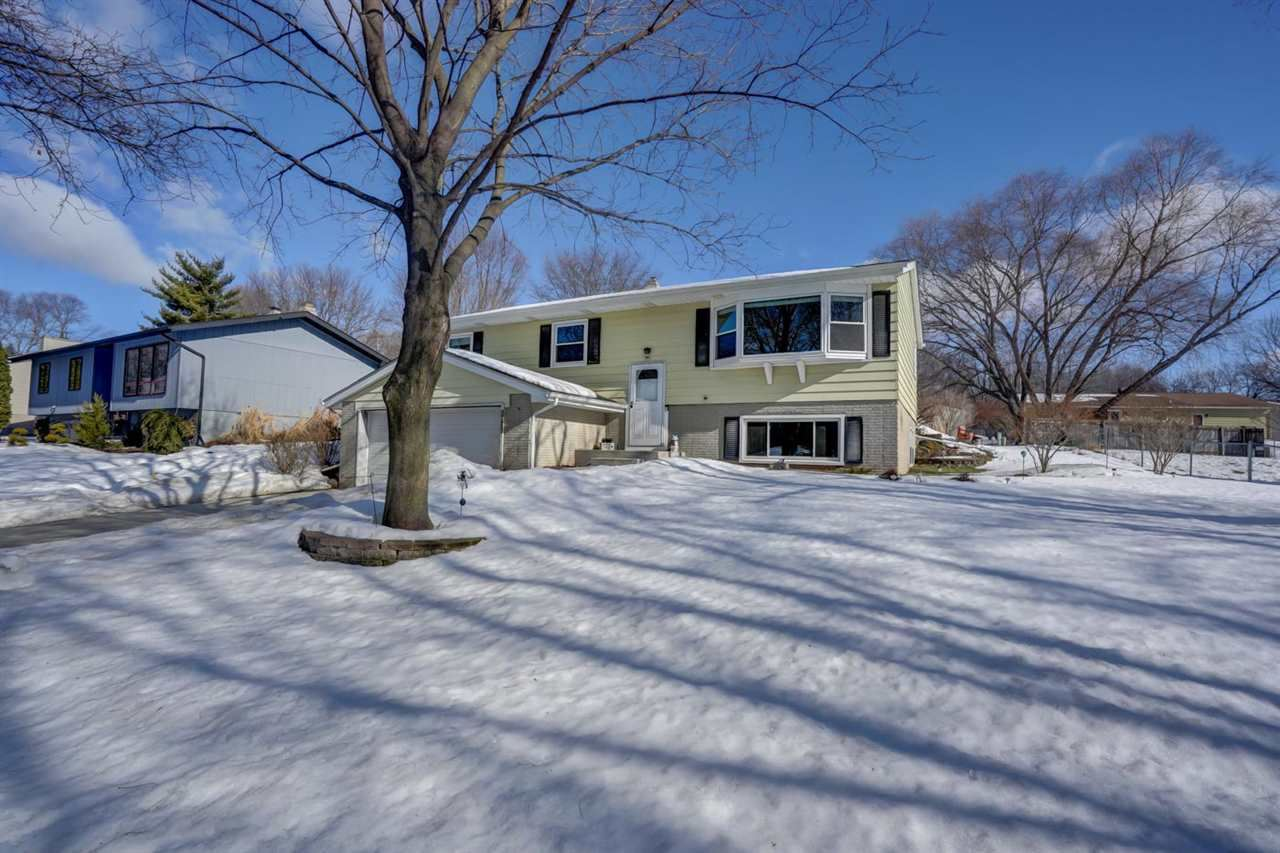 1957 Dolores Dr, Madison, WI 53716 - #: 1900963