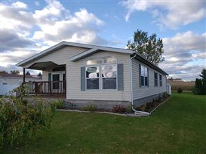 Photo of 440 Red Spruce Ave, Baraboo, WI 53913 (MLS # 1870965)