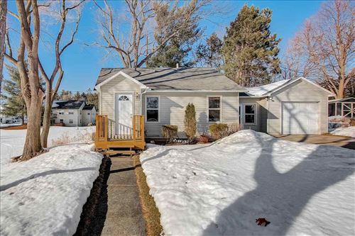 Photo of 115 Charles St, Portage, WI 53901 (MLS # 1902968)