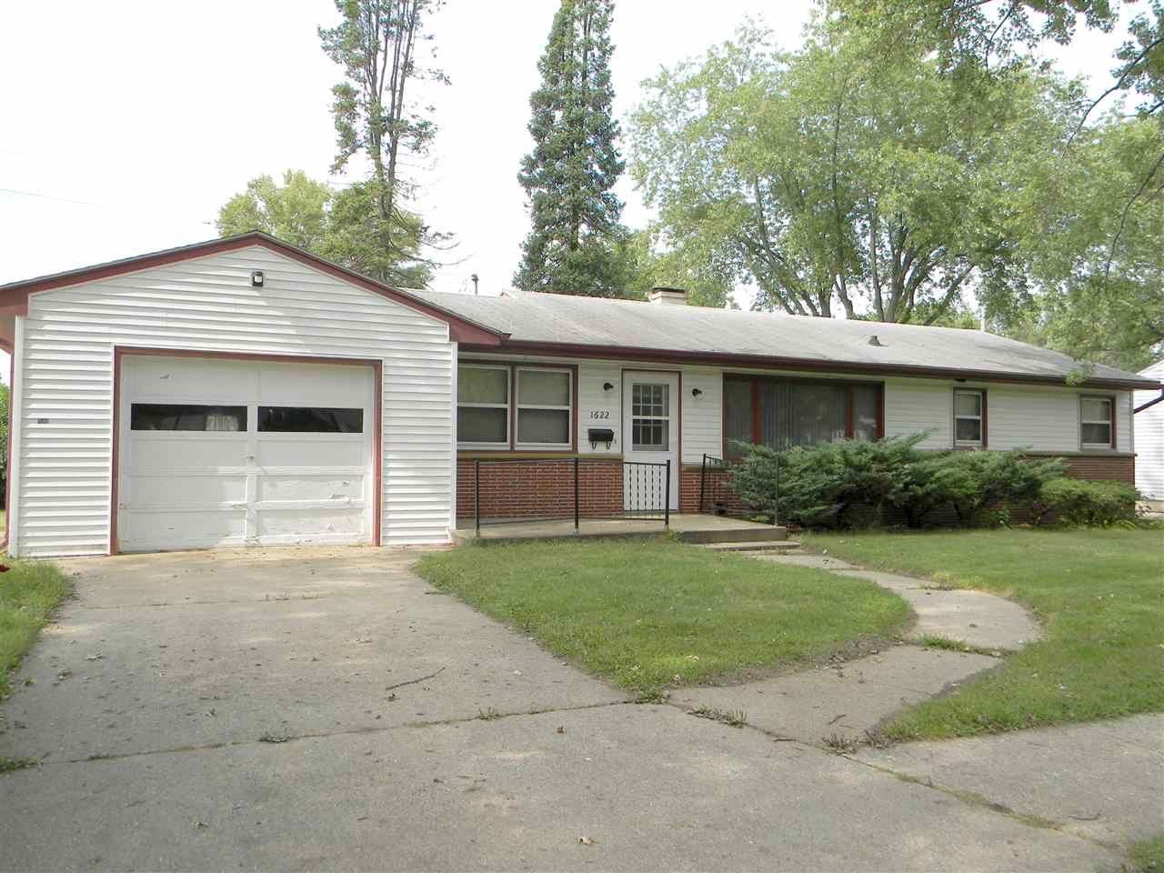 1622 Chapman Ave, Beloit, WI 53511 - #: 1893968