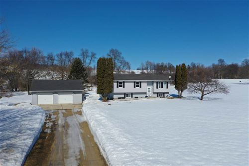 Photo of W1834 Mortensen Rd, Brooklyn, WI 53521 (MLS # 1902969)