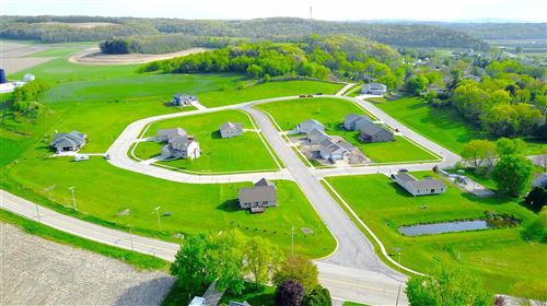 Photo of 1037 Susan Crest, Black Earth, WI 53515 (MLS # 1900971)
